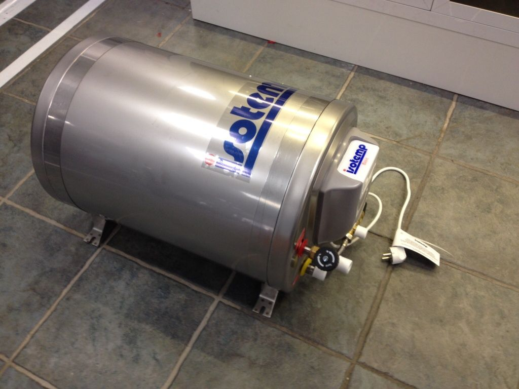 isotherm Isotemp 75 Dobble Coil Warmwasser Boiler inkl. Mischventil