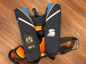 Secumar Survival 220 hellblau/blau/orange 2019