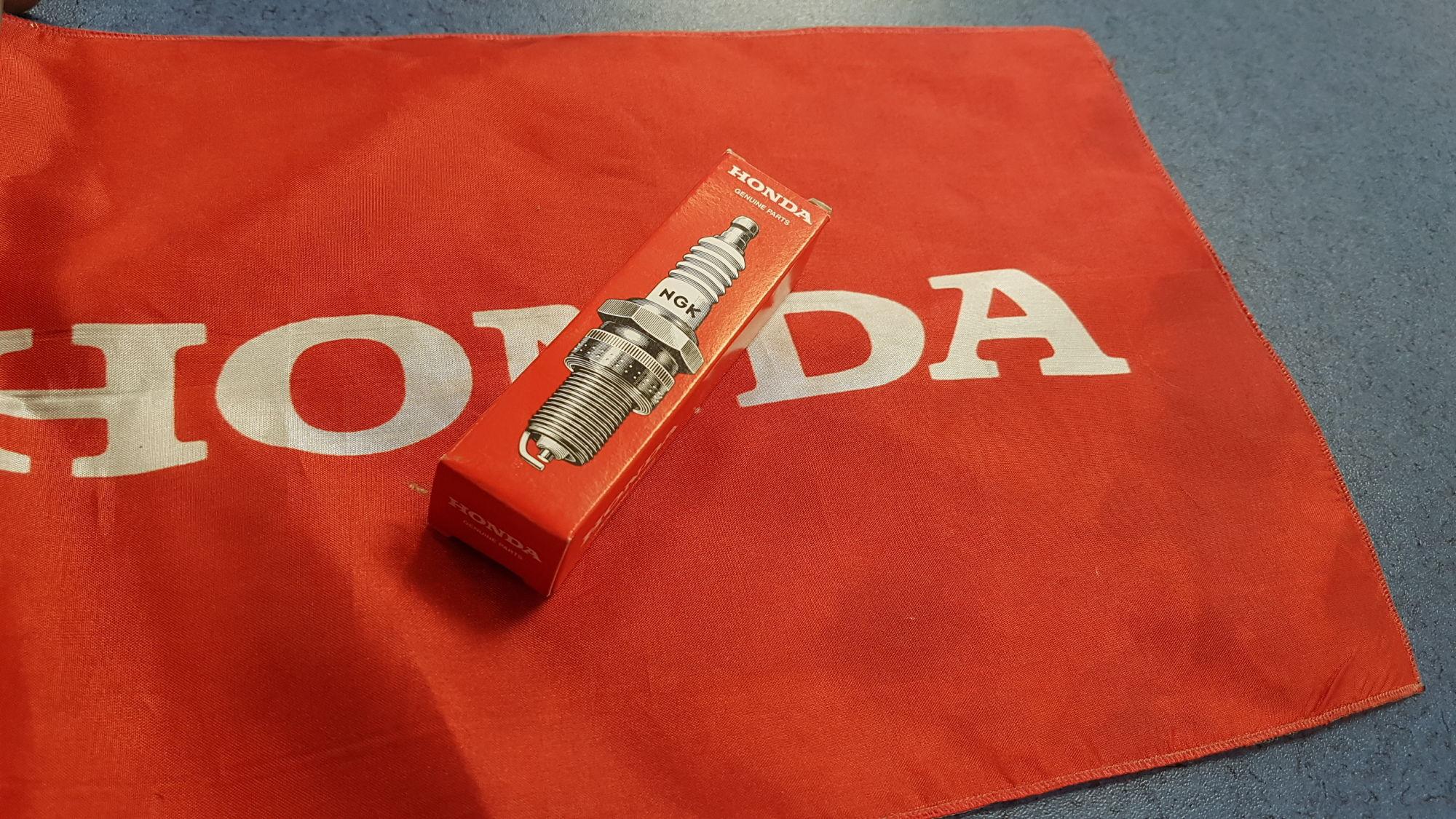 Honda Zündkerze BF 40 / 50