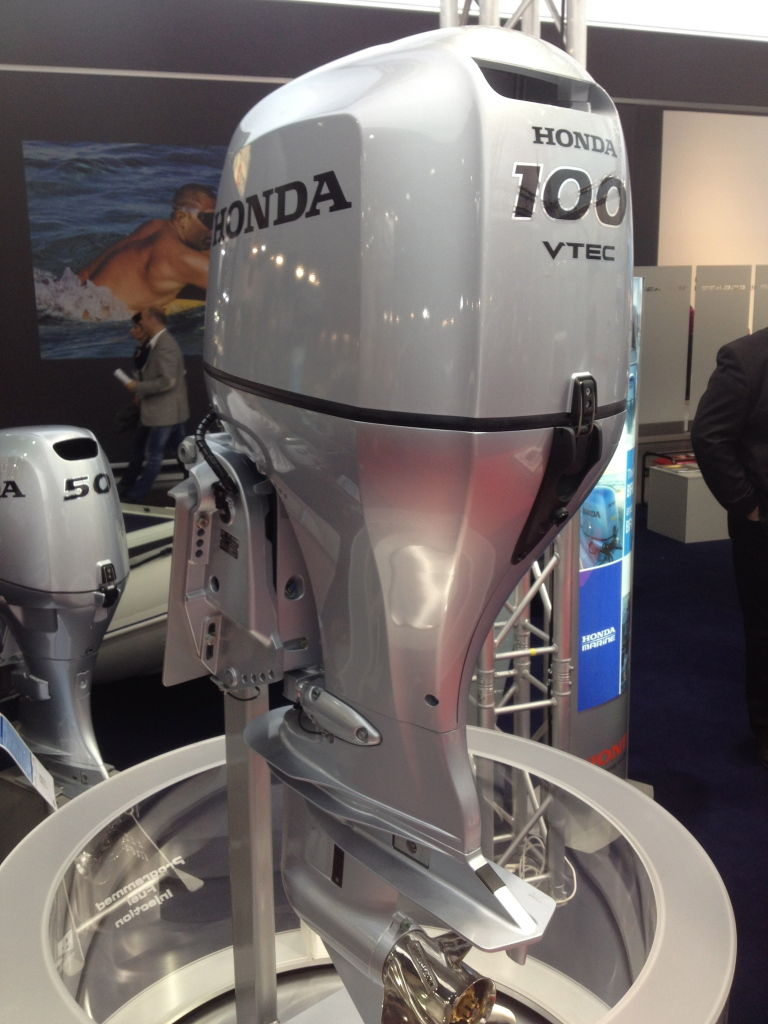 Honda BF 100 LRTU Außenborder Testsieger Boote Zeitschrift