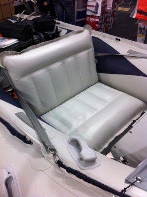 Allroundmarin Schlauchbootsitz Breite 75 cm.
